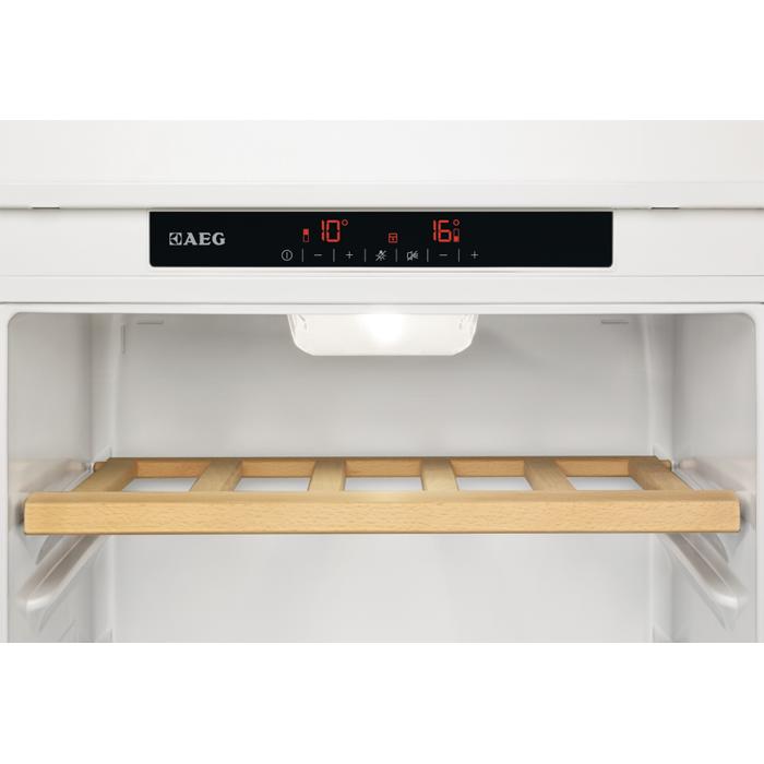 AEG - Винный шкаф - SWD81800L1