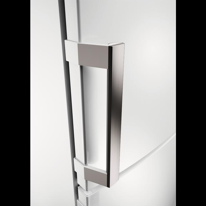 AEG - Freestanding fridge freezer - Free-standing - S53620CTWF