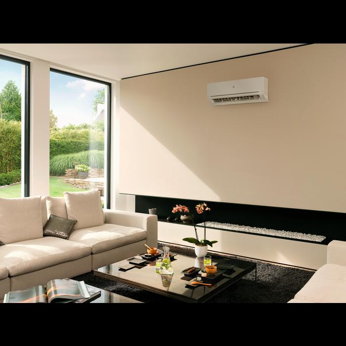 Electrolux - Aer condiţionat tip split - EXI18HJIWI