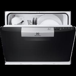 Kompaktās trauku mazgājamās mašīnas