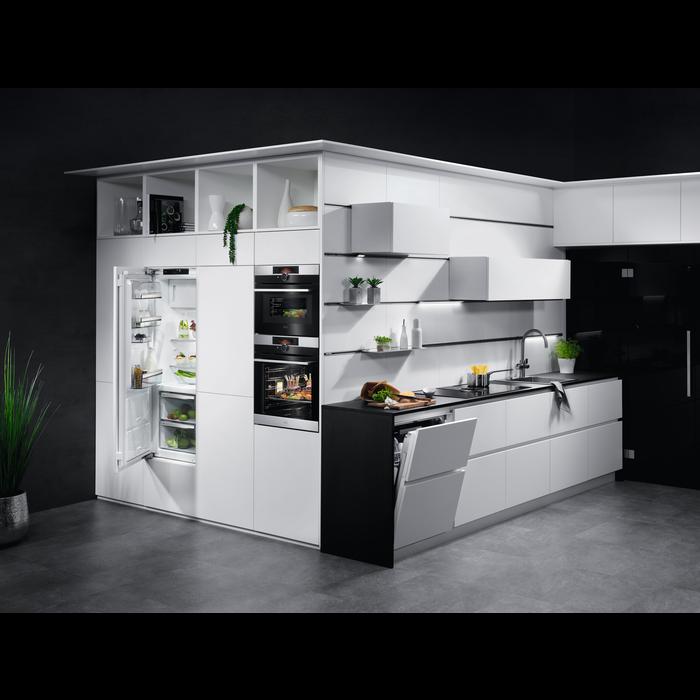 AEG - Вбудована посудомийна машина - FSR93800P