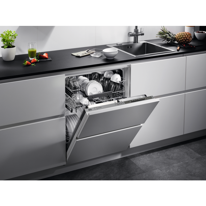 AEG - Integrated dishwasher - FSK53600Z