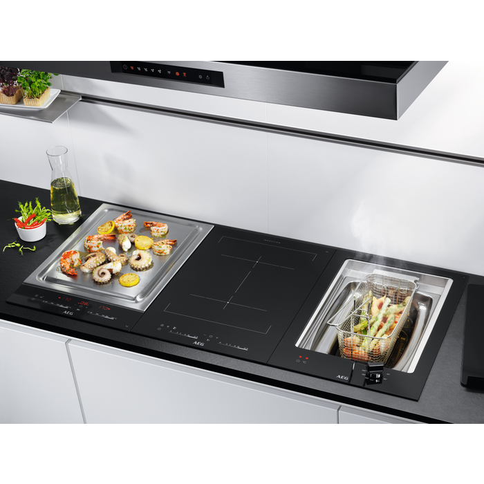 AEG - Induction hob - HC452401EB