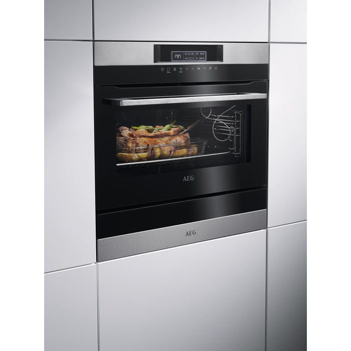 AEG - Compact oven - KPK742220M