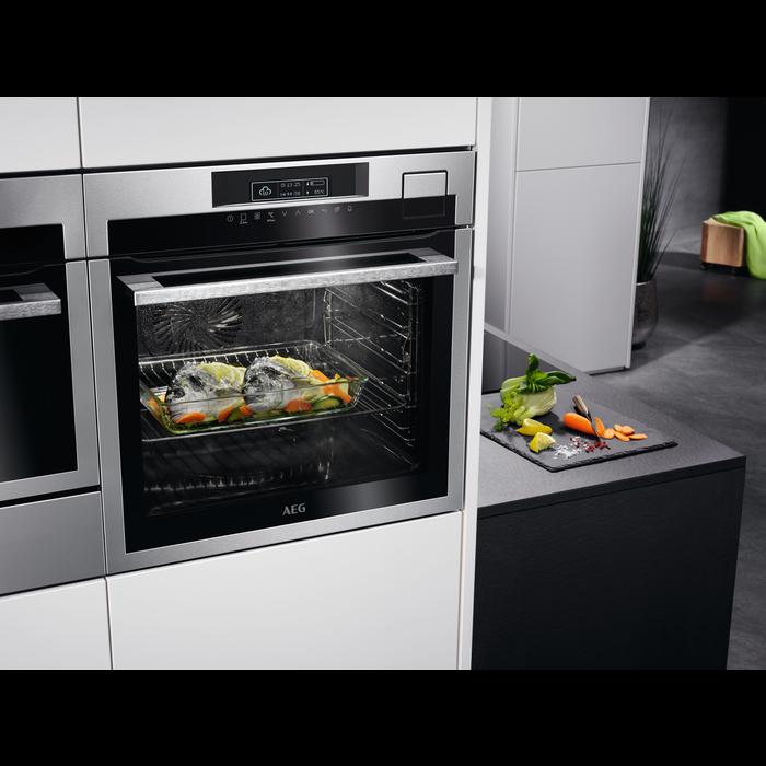 AEG - Steam oven - BSE792320M