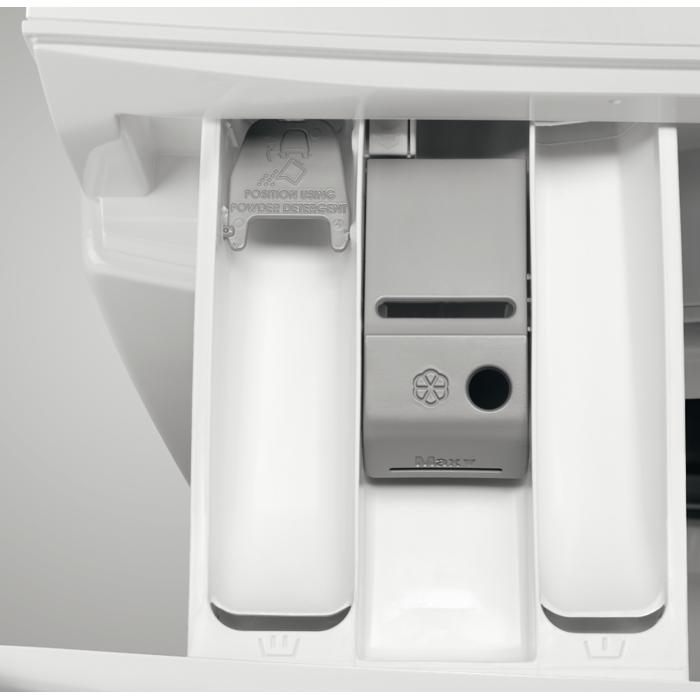 AEG - Edestä täytettävä pyykinpesukone - L6FBP843G