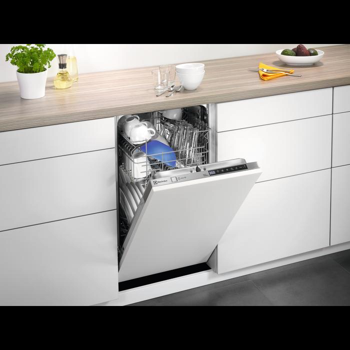 Electrolux - Maşină de spălat vase slim incorporabilă - ESL4655RO