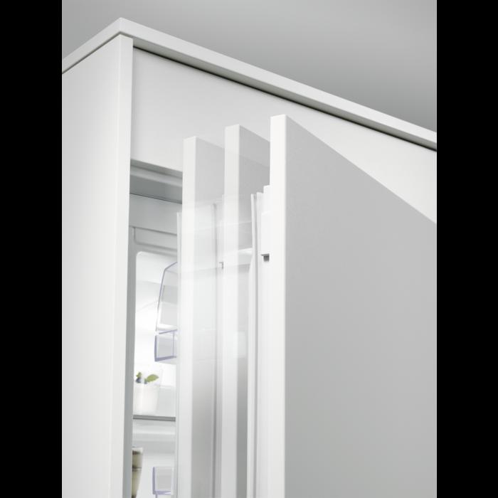 Electrolux - Vestavná chladnička - ERC3215AOW