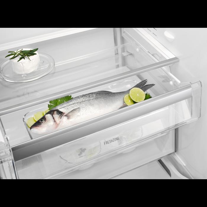 Electrolux - Frittstående kjøleskap - Free-standing - ERE3986MFW