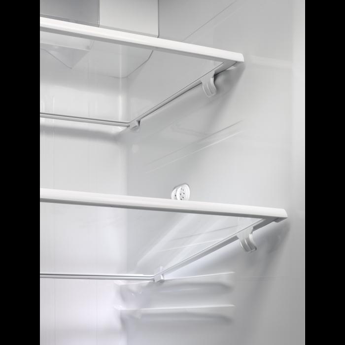Electrolux - Side by side fridge-freezer - EALP6147WX