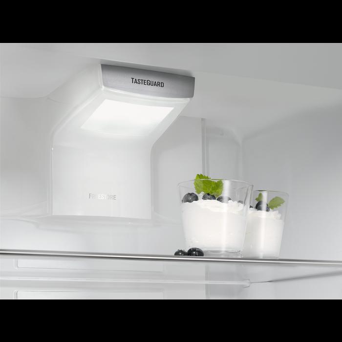 Electrolux - Einbau-Kühlgerät - IK3029SR