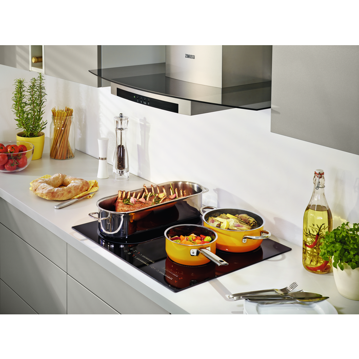 Zanussi - Induction hob - ZEM6740FBA