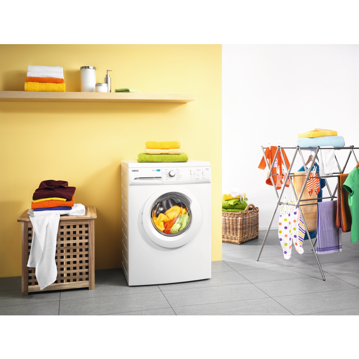 Zanussi - Front loader washing machine - ZWF61204W